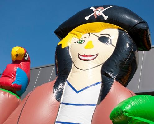 Hüpfburg Piratenhüpfburg mieten